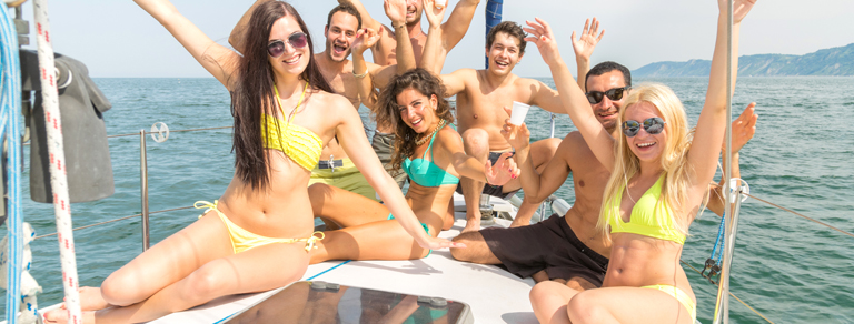 The hottest and romantic destination Goa offers fun-filled cruise parties and luxury cruises to the tourists