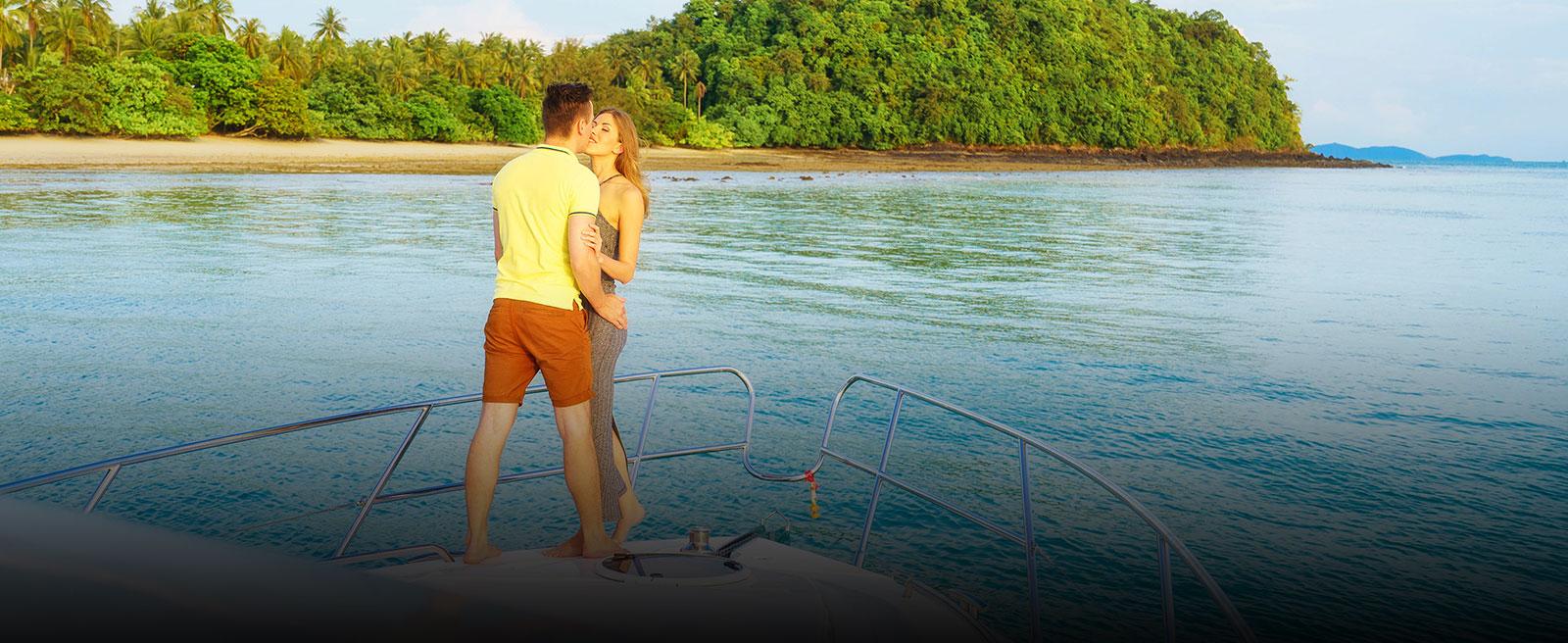 honeymoon-on-yacht