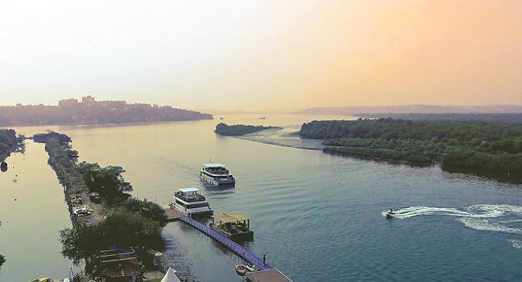 mandovi-river-cruise